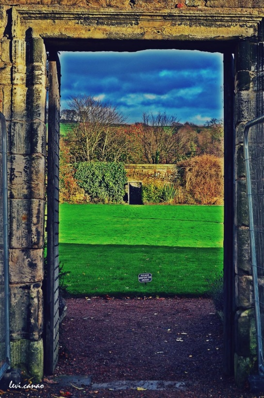 Aberdour Castle South Garden
