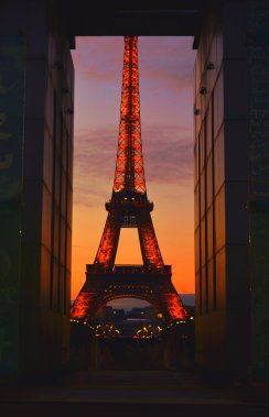 Eiffel Tower (France)