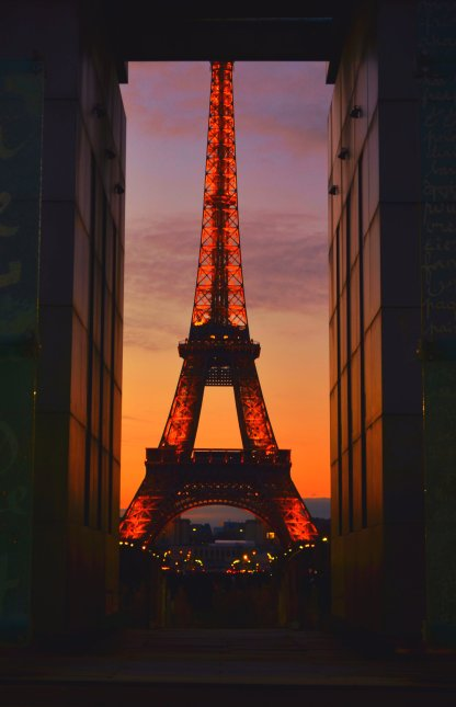 Eiffel Tower (France)