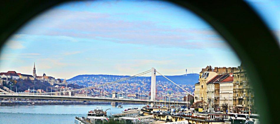 Elisabeth Bridge , Budapest, Hungary
